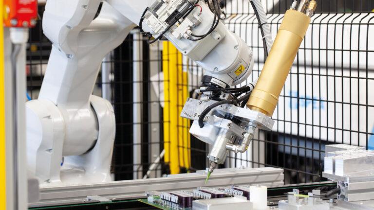 Automatyzacja procesów produkcyjnych odpowiedzią na wyzwania branży automotive?
